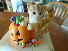 Calico Kittens Enesco #104148 Caught with a Paw in the Pumpkin Figurine C1/441
