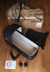 phil&teds Snug 1.0 Babywanne Sonnendach - schwarz mit Regenschutz