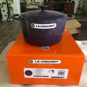 Le Creuset  Cast Iron Deep Round Oven 5 1/4   5.25 qt CASSIS Purple