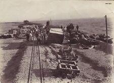 Ligne de Train au bord de l'eau à identifier Vintage albumine ca 1885