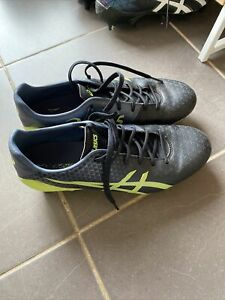 Asics Menace 3 Football Boots BLACK/ HAZARD GREEN US7.5