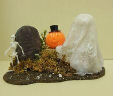 Dollhouse mini Halloween garden ghost on hay bale w/tomb stone,electric pumpkin