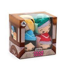 Disney store Sleeping Beauty Fairies Tsum Tsum Entièrement neuf dans sa boîte Set Fauna Flora Merryweather