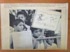 Vintage Press Wire Photo 1990 Young Kuwait Protesters
