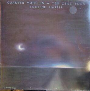 EMMYLOU HARRIS QUARTER MOON IN A TEN CENT TOWN LP Lyric Inner WB 1978
