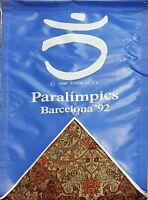 COLLECTION DE 9 DRAPEAUX. JEUX OLYMPIQUES DE BARCELONA 1992. COOB. 1990.
