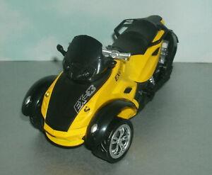 1/18 Scale Can Am Spyder Plastic & Diecast Toy 3-Wheel Trike Bike Motorcycle