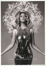 Beyonce 2013 The Mrs. Carter Show Tour Concert Program Book / Ex 2 Nmt
