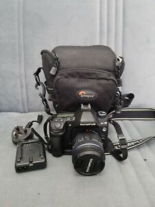 Olympus E-30 Digital Camera with 14-42mm lens and Bag