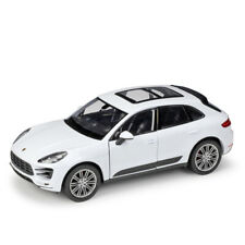 New WELLY 1:24 Scale White Porsche Macan Turbo Diecast Model Cars Gifts Toy