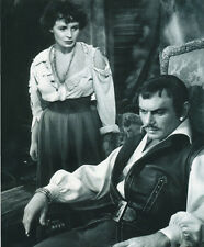 Claire Bloom and Yul Brynner UNSIGNED photo - H208 - The Brothers Karamazov