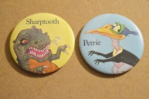 Vintage 1989 Pizza Hut Land Before Time Sharptooth/Petrie Button/Pin/Pinback