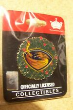 Atlanta Thrashers Christmas wreath lapel pin ltd ed 300 team
