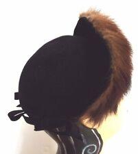 5409be5f6d216 TRUE VINTAGE Late 1930s-Early 1940s Black Felt Half-Bonnet with Fur Trim