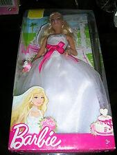"Barbie en robe de mariée ""Mattel"" de  2009 réf : R4227"