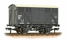 Bachmann 37-751D 12 Ton GWR Grey Fruit Van