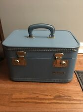 Vintage Monarch Luggage Makeup/Overnight/Train Case-- BABY BLUE
