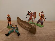 Britains Deetail Lot X2 Indians And Canoe