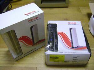 Toshiba Dynadock U10 PA3575E-1PRP Docking Station inc PA3754-1AC3 15V 4A Charger