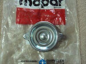 NOS Hemi 70 71 Oil Filler Cap Chrome 2946052  440 -6