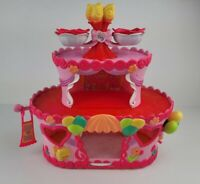 My Little Pony Ponyville Pinkie Pies Roller Skate Party Cake House Playset 2007