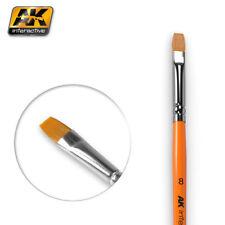 AK Interactive AK608 Pennello piatto misura 8 per la miscelazione, dissolvenza & Strisce