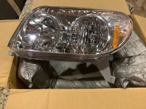 Headlight For 2003-2005 Toyota 4Runner Left Clear Lens Halogen With Bulb