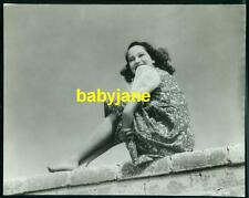 MERLE OBERON VINTAGE 7X9 PHOTO CANDID SITTING ON FENCE BAREFOOT