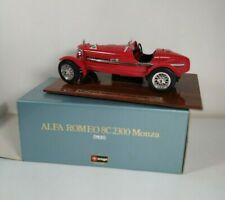 Burago 1931 Alfa Romeo 8C 2300 Monza 1/18 Scale DieCast With Stand Red A405