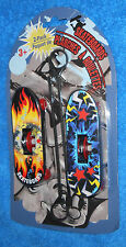 Set of 2 Mini 4 inch Skateboards with Zip Pulls    Brand New Sealed