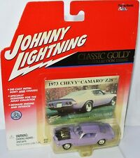 Classic Gold - 1973 CHEVY CAMARO Z28 - lilac - 1:64 Johnny Lightning