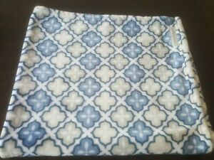 Blankets & Beyond Blue White Grey soft Blanket - blue tile - lovey 2013 rare