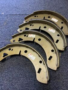 MGB REAR BRAKE SHOES AXLE SET. MGB ROADSTER GT Etc 244x45 mm