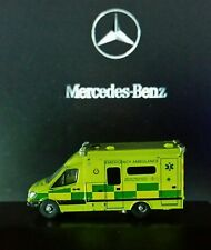 Ambulance, Mercedes sprinter van, emergency vehicle- N Scale