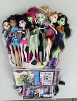 HUGE Monster High Lot used 7 Dolls, Pillow, Nail Kit, Stickers EVERYTHING