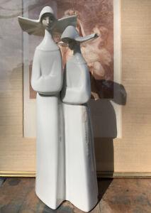 Vintage Lladro Porcelain Pair Of Nuns, Made In Spain