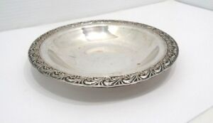"WM Rogers Silverplate 7"" Nut & Candy Dish Serving Saucer Floral Pattern 748"