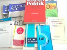 NATO - North Atlantic Treaty Organization: Sammlung von 13 Heften und ...