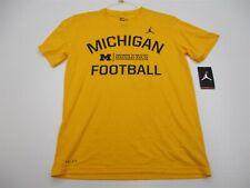 new Nike Shirt Men's Size M Athletic Michigan Football Short Sleeve Yellow
