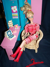 Vintage 1984 Barbie Bedroom Office/ Locker TONS of accessories!