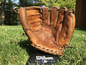 Wilson The A2000 Baseball Glove Made In USA Ansonia Leather 1962