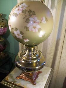 ANTIQUE ''MILLER '' BANQUET - PARLOR OIL LAMP