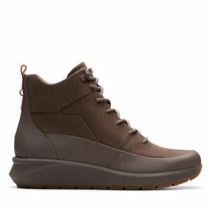 BNIB Clarks Unstructured Ladies Un Venture Hi Taupe Leather Waterproof Boots