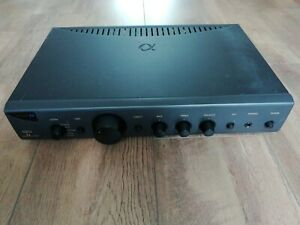 ARCAM Alpha 7R Amplifier and leads
