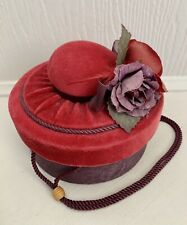 Vintage Hat Box For Small Hat