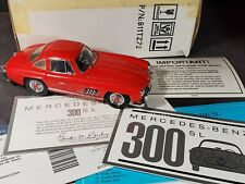 Franklin Mint 1954 Mercedes-Benz 300 SL Gull Wing 1:24 Scale Diecast Car Red
