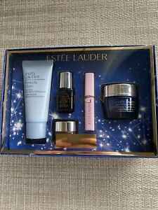 Estee Lauder Revitalising Supreme Night Cream Gift Set, Value £69