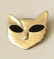 Adorable Cat Face pin Brooch enamel on Gold Tone Metal