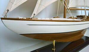 Segelyacht Segelschiff Holzmodell Boot 85cm hoch - wählen zwischen 2 Modellen