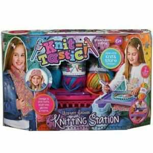 Knit Tastic Ultimate Fashion Knitting Station Set Creative Playset Toy For 6+